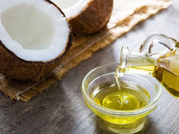 Giá bán dầu dừa nguyên chất bao nhiêu 1 lít