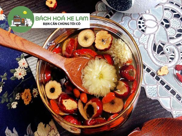 Cách nấu sâm bông cúc táo đỏ
