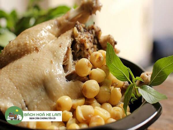 Cách làm gà hầm hạt sen