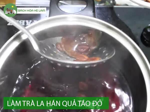 Cách nấu trà la hán quả với táo tàu