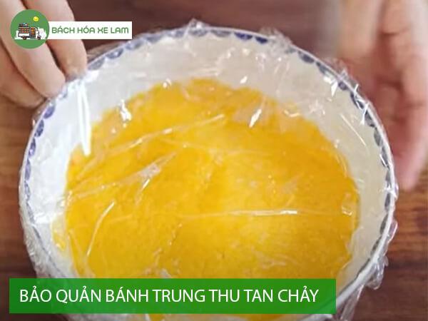 Bảo quản bánh trung thu trứng muối tan chảy