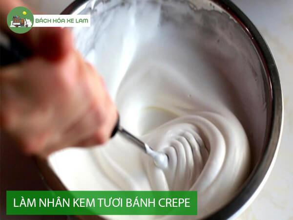 Làm nhân kem tươi bánh crepe